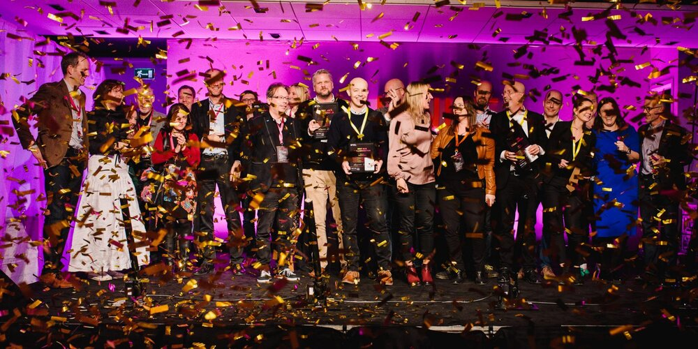 Golden confetti falls over the winners of the Ignite Awards in a previous edition of Ignite Sweden Day.