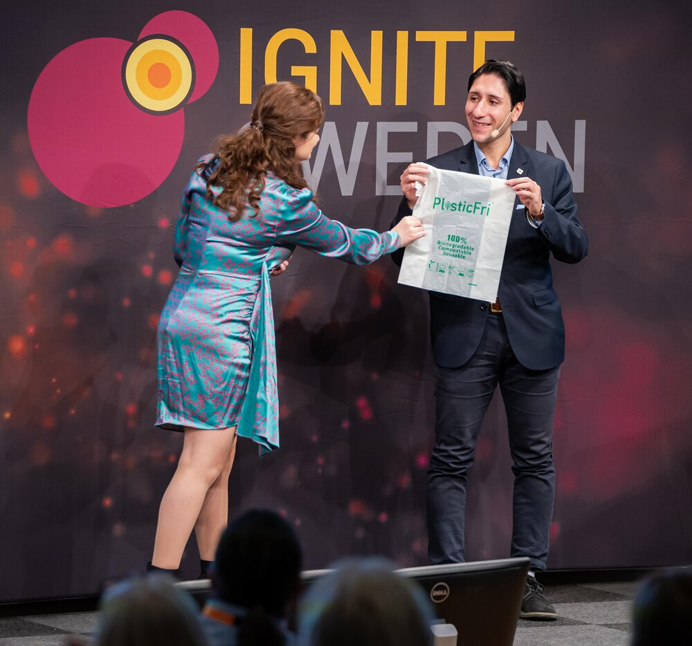Max Mohammadi, the co-founder of PlasticFri, pitched on Ignite Sweden Day.